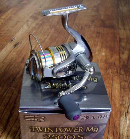 TWIN POWER 09 2500 MGS, котушка SHIMANO